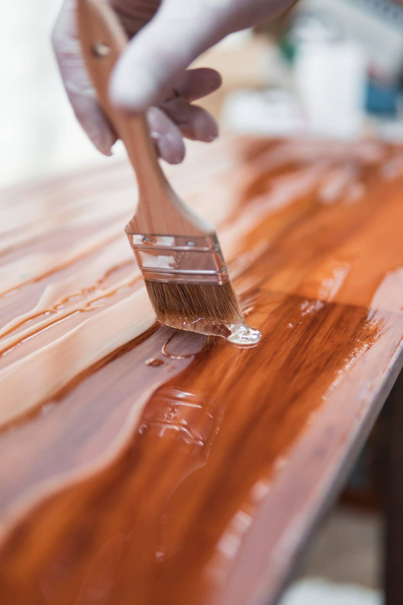 idées de couleurs pour repeindre un meuble en bois